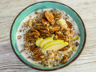 Pecan Apple Porridge