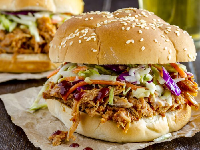 How to Make Pulled Pork in a Slow Cooker.
