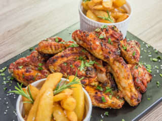 Tomato Sauce Chicken Wings