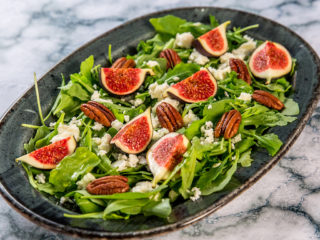 fig and arugula salad with honey dressing