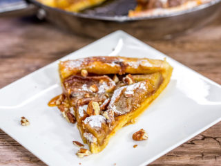 Apple and Walnut Pie