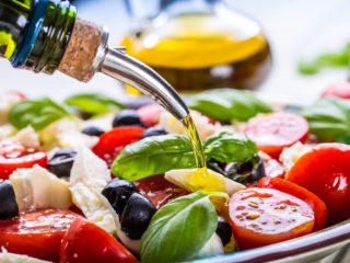 What Kind of Olive Oil Should You Use?