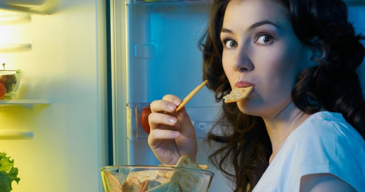 Snacks You Can Have at Night Without the Extra Weight