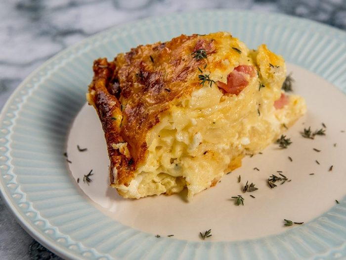 cheese and ham phyllo rolls casserole