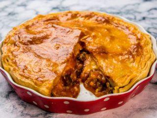 Beef and Veggie Pie