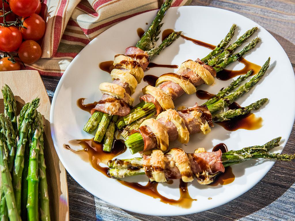 Ham and Asparagus Bundles