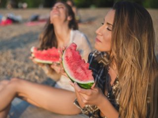 What You Should Eat After a Hot Day at the Beach