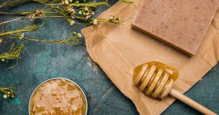 Sweet, Healthy and Shiny: The Beauty Benefits of Honey
