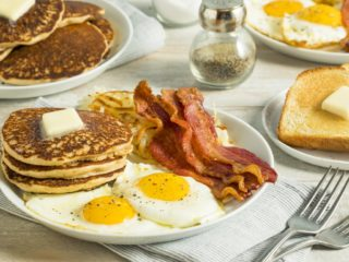 Celebrity Breakfast: What Your Favorite Stars Eat in the Morning