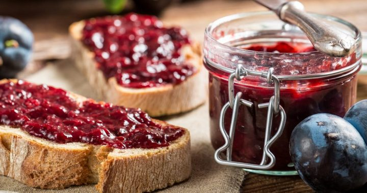 How to Make Homemade Jam out of Any Summer Fruit