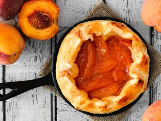How To Bake a Pie in a Cast Iron Skillet