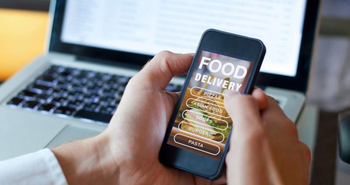 The Ideal Times To Use Every Food Delivery App [GUIDE]