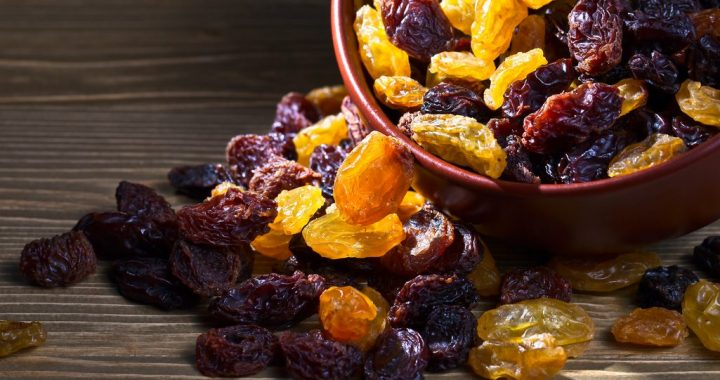 Types of Raisins: What Are the Differences?