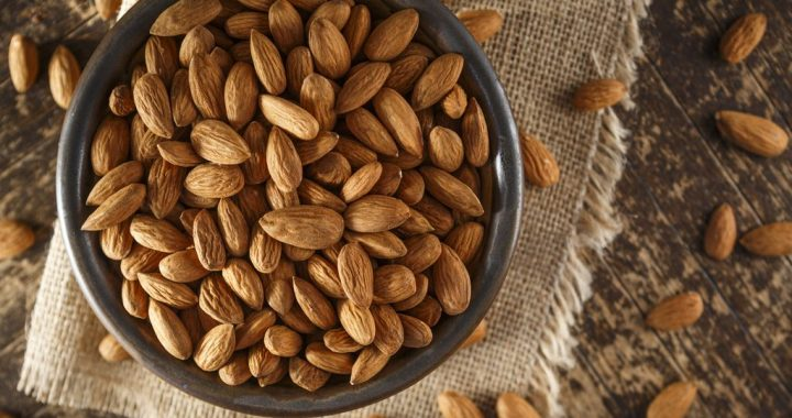 Simple Tips: How to Select and Store Almonds