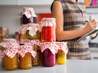 Back to the Fall: A Simple Guide to Canning