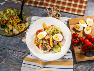 Salade Nicoise with Tuna and Mustard