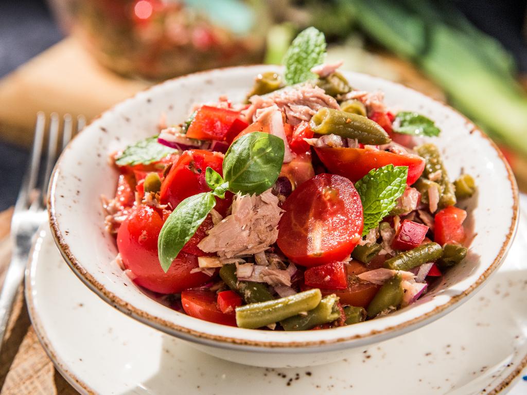 Veggie and Tuna Salad