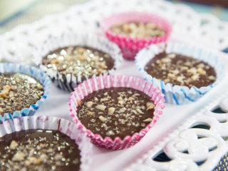 Walnut and Chocolate Milk Cupcakes