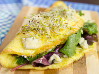 Omelet with Cheesy Lettuce Salad