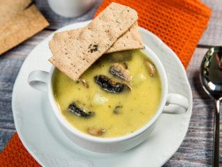Creamy Potato, Celery and Mushroom Soup