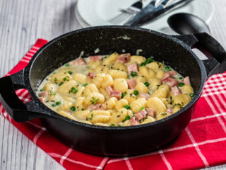 Potato Gnocchi with Ham and Peas