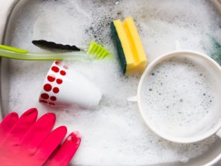 How to Make Washing Dishes a Mindful Experience