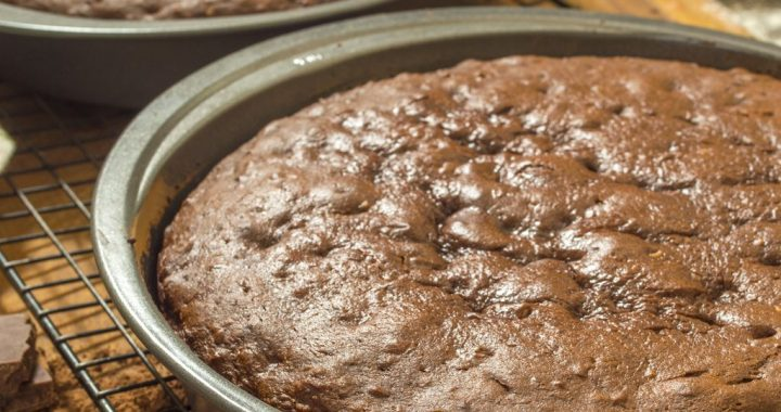 Essential Baking Pans: What Are the Can't Miss Items?