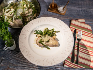 Garlic Pork Chops with Green Beans