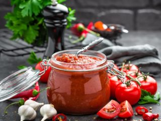 What Can You Do with Leftover Tomato Paste?