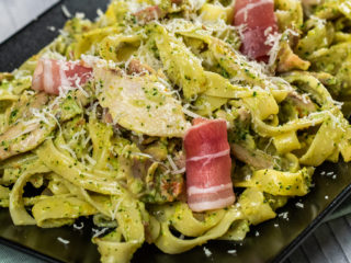 Broccoli Tagliatelle with Chicken and Bacon