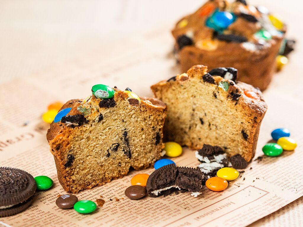 M&M and Oreo Cupcakes