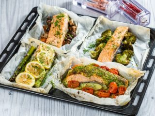 Salmon en Papillote with Vegetables