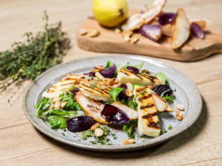 grilled-pear-and-halloumi-salad