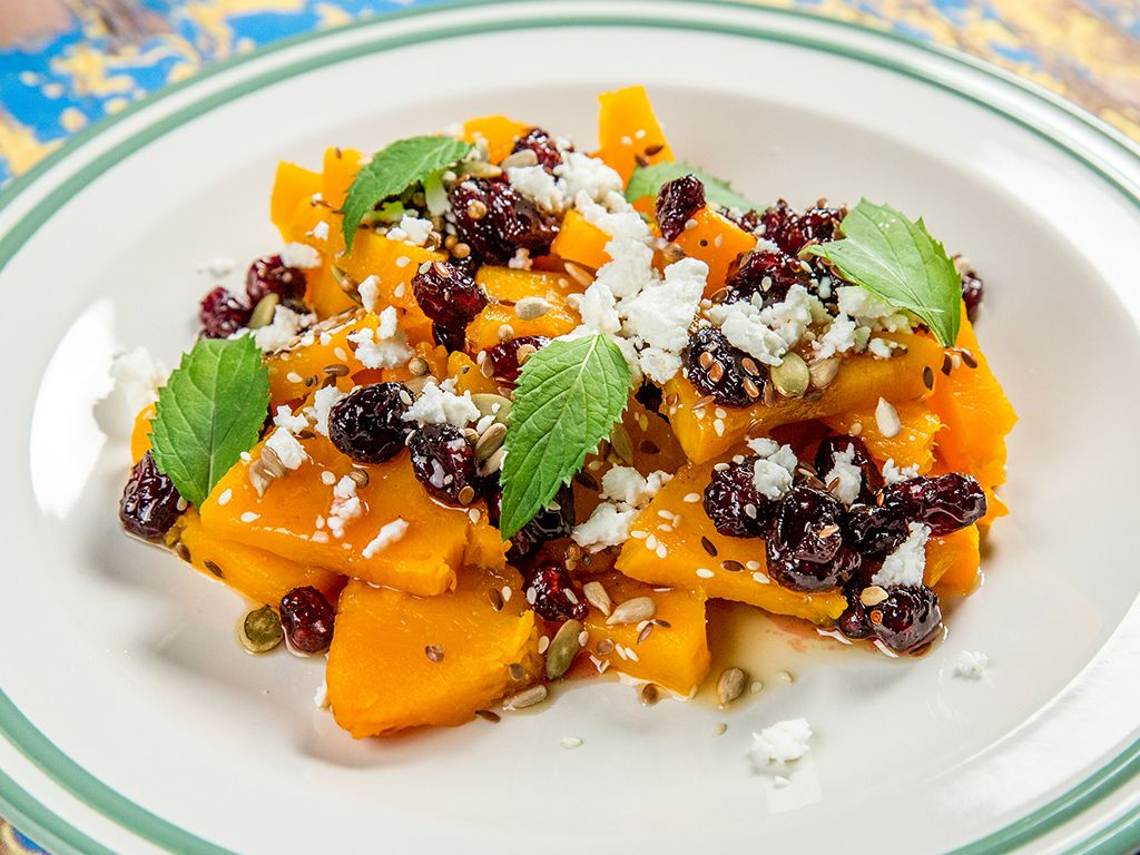 Baked-Butternut-Squash-with-Cranberry-and-Honey-Sauce