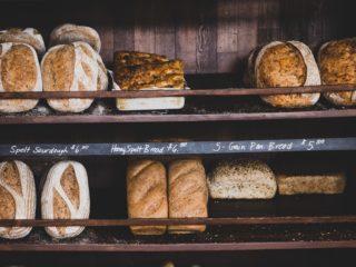 Whole grain bread, rich in fiber