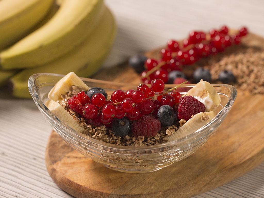 Banana Cereal Breakfast with Berries