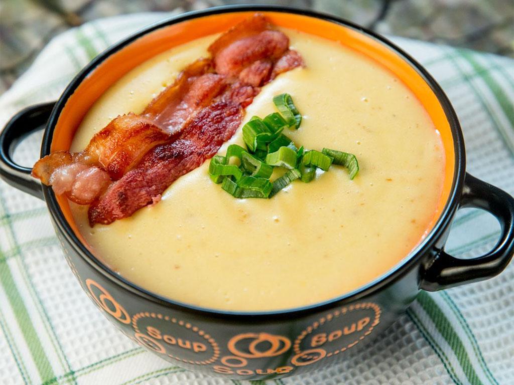 creamy-potato-and-bacon-soup