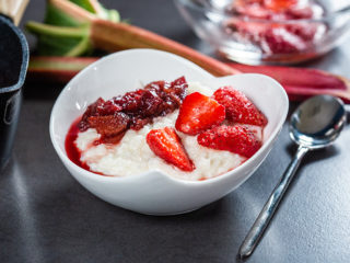 Milk Rice Pudding with Rhubarb and Strawberries
