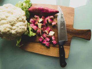 Alternative ingredients: cauliflower can replace potatoes