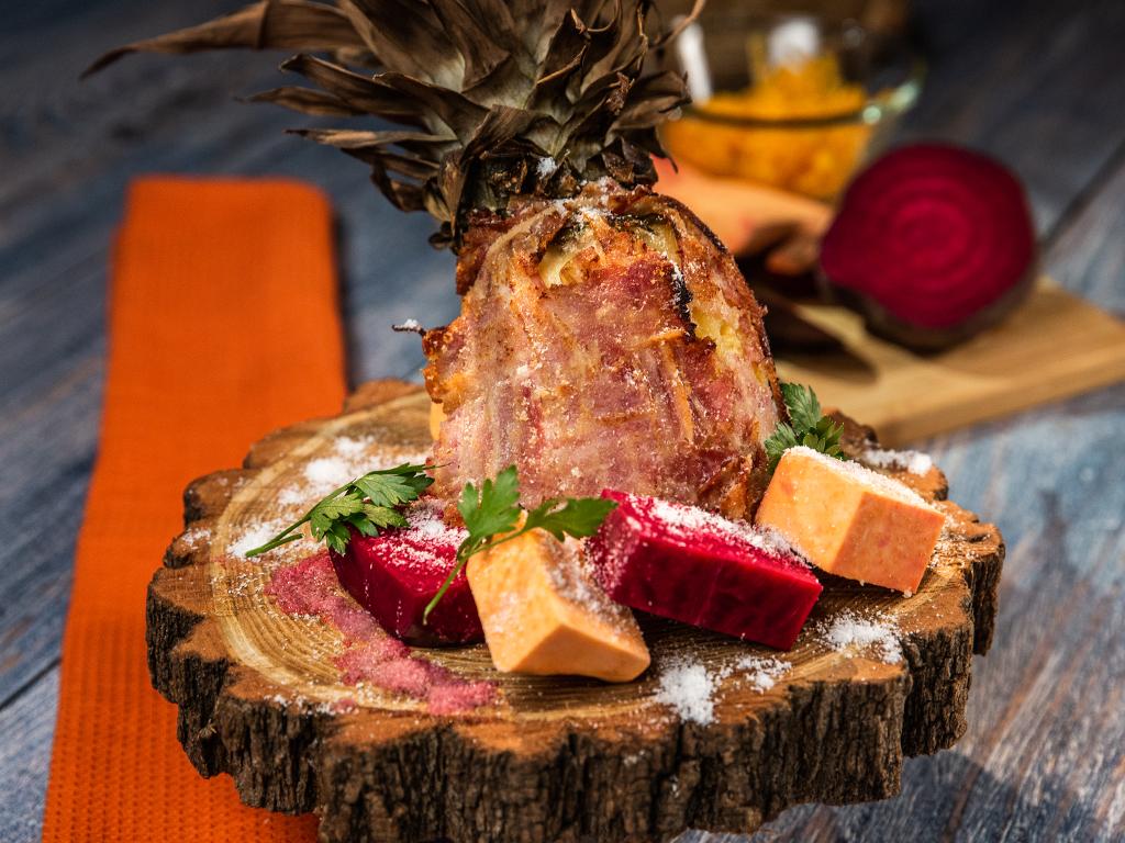 Cheesy-Swineapple-with-Coconut-Flakes